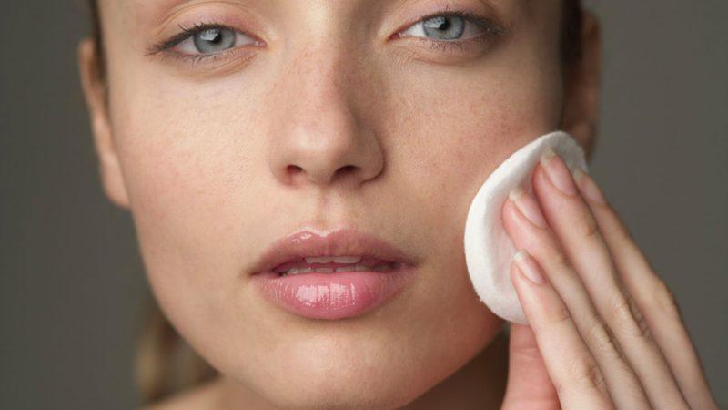 pulizia-del-viso-e-uso-del-codice